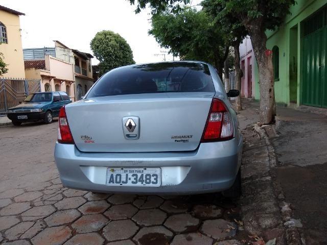 Renault Clio sedan 1.6 completo - Foto 13