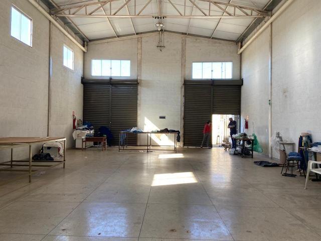Galpão no Setor Garavelo em Aparecida de Goiânia - Foto 5