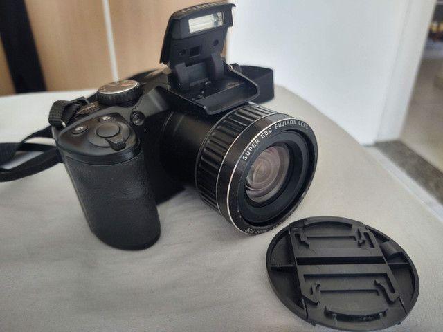 Camera semi profissional fuji film S48000 16mp - Foto 3