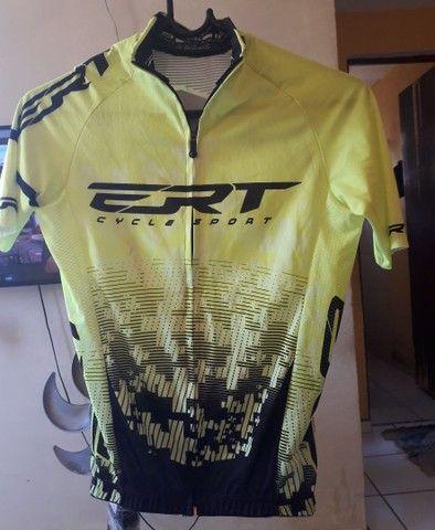Eu tô vendendo está camisa ERT