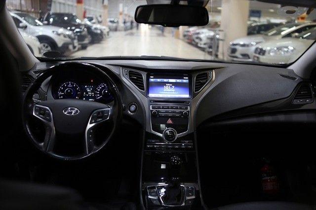 Venda de um automóvel Hyundai azera preto. - Foto 13