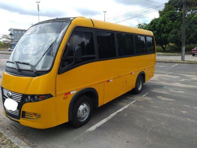 Micro ônibus volare v8 on com ar condicionado  - Foto 9