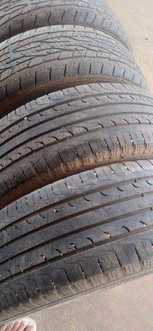 Vendo 4 pneus 215/60/ aro 17 dois quaser novo da marca goodiyear - Foto 2