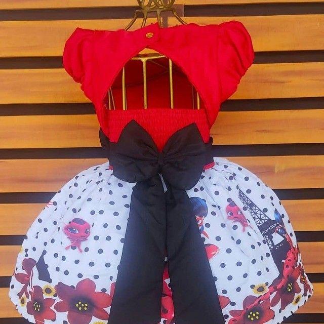 Vestido Ladybug tenho tamanho 8 anos - Foto 2