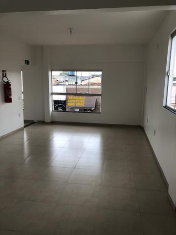 Alugo 2 Salas Comerciais - Centro em Colinas To