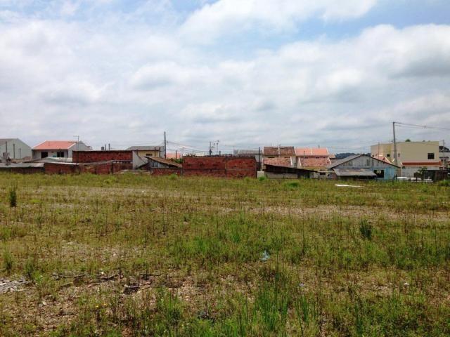 Área com 9268 m²