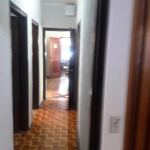 Maravilhosa casa Vila Universitária-repleta de armários- 3 dormitorios, com suite