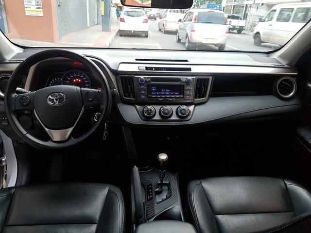 Toyota Rav4 2.0 4x2 Automático 2014 - Foto 17
