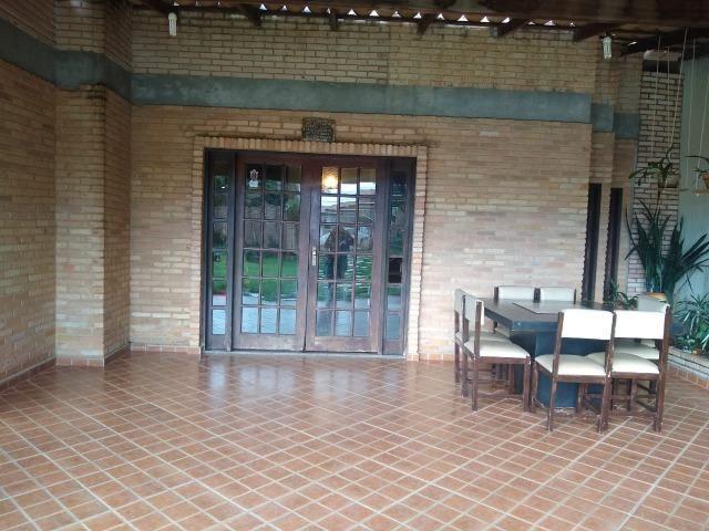 Casa com dois pavimentos em Arquitetura Rústica - Foto 2