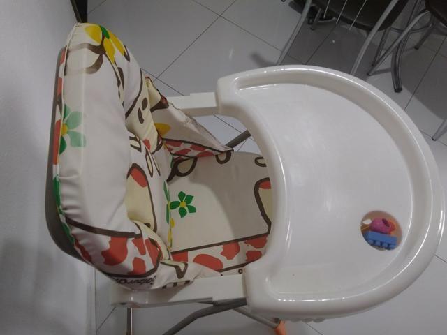 Cadeirinha de balanço + Cadeira alimentação