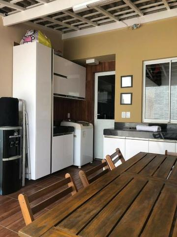 CA1572 Casa 80m² Cond. Magna Villaris 3 Qts Sendo 2 Sts Decorada, Climatizada, e Mobiliada - Foto 9