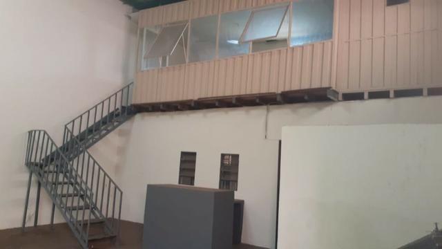 Vendo Excelente salão comercial na Av. Mascarenhas de Moraes - Foto 5