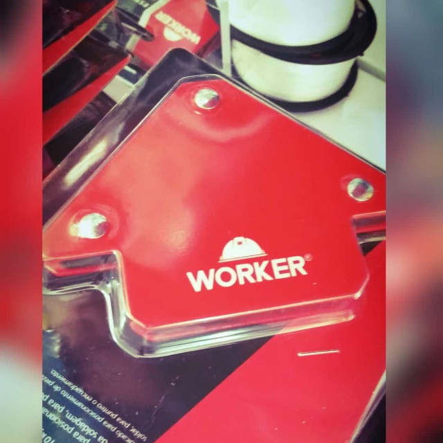 Esquadro Magnético 10kg - Worker