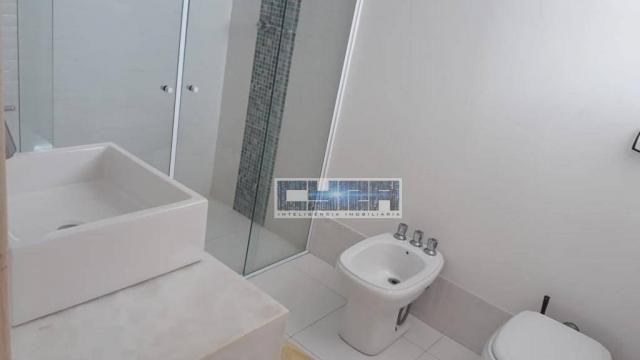 Apartamento AMPLO de 3 dormitórios PÉ NA AREIA - Foto 16