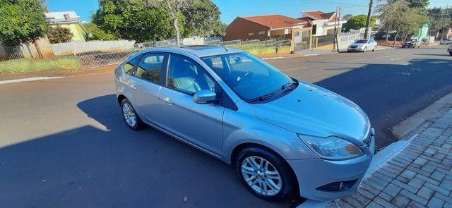 Vendo ford focus hatch 2.0 aut. flex - Foto 2