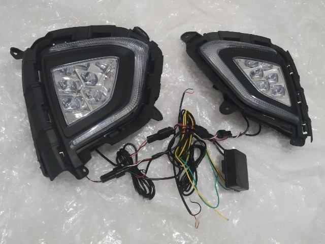 Par Moldura Milha Day Light Drl Hyundai Creta 2019, 2020