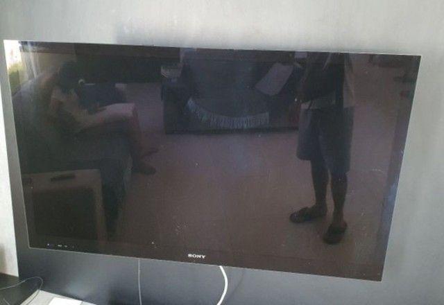 Vende-se TV Sony Led 46'' sem imagem. - Foto 3
