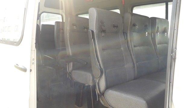 Van Sprinter 415 teto Alto - Foto 4