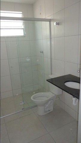 Apartamento com 2 quartos, 50 m², aluguel por R$ 700/mês - Foto 7