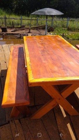 Mesa com bancos ou banquetas madeira demolição peroba rosa  a pronta entrega  - Foto 4