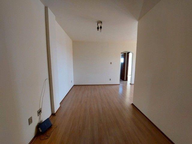 Apartamento central, 2 quartos, garagem, elevador - R$ 250.000,00 - Foto 5