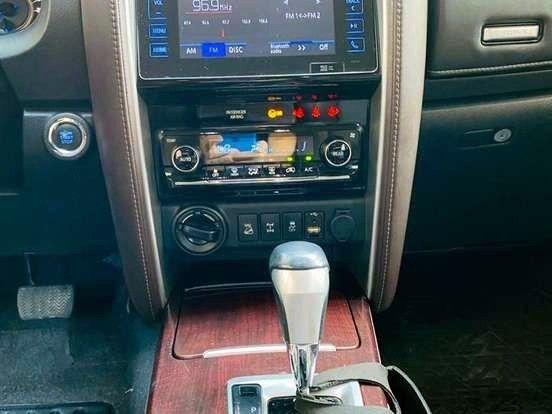 Ágio: Hilux SW4 2.8 SRX 4x4 7 Lugar 16v Turbo Diesel AT - Entr. R$ 97.699 + Parc. R$ 3.749 - Foto 16