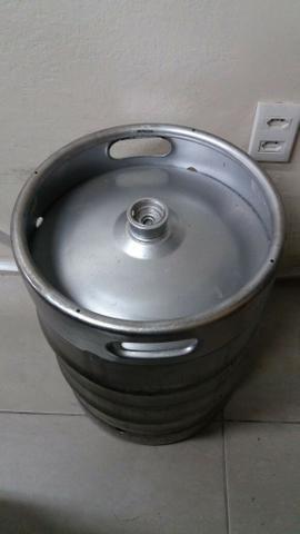 Vendo barril de chopp 50 e 30 litros sem marca!