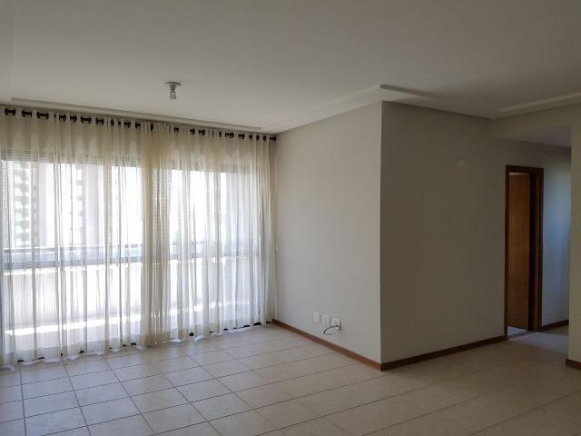 Vendo apartamento localizado no Pitubaville (um dos melhores condomínios de Salvador)