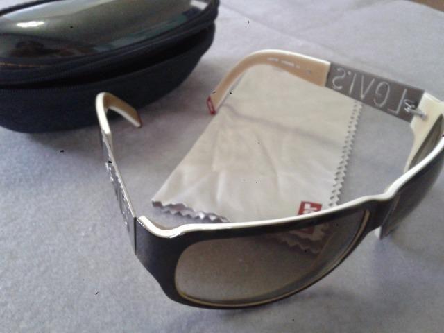 7614118a3 3 Óculos de Sol Originais por R$200,00 (Rayban, Mormaii, Vogue, HB ...