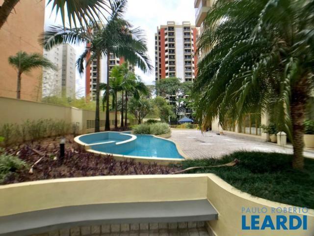 Apartamento para alugar com 3 dormitórios em Alphaville, Barueri cod:582740
