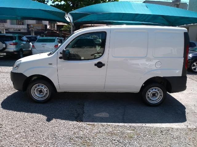 FIAT \ Doblô Cargo 1.8 16V Furgão - Foto 3