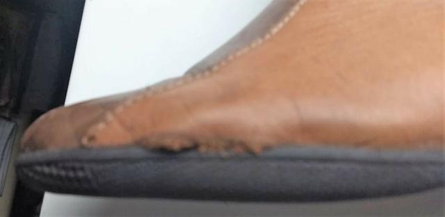 Bota de Couro J.Gean | Precisa Conserto | Tamanho 37 - Foto 3