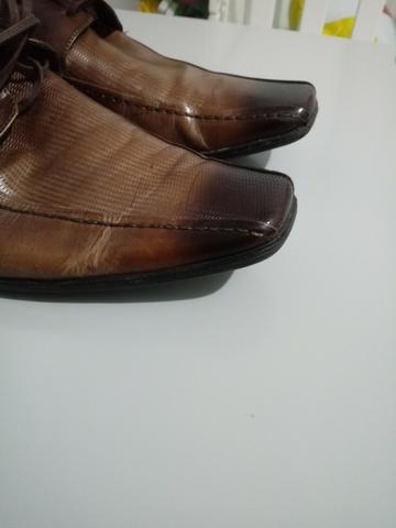 Sapato social Novo - Marca Democrata - tamanho 42 - Foto 2