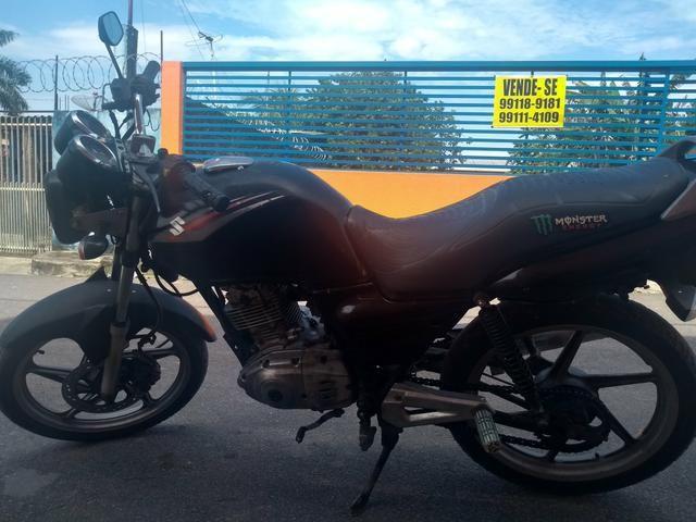 Suzuki YES 125 - Foto 4