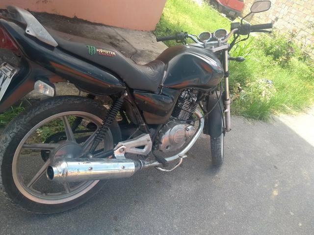 Suzuki YES 125 - Foto 2