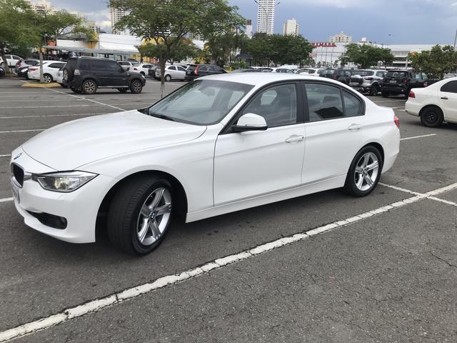 BMW 320i - Foto 4