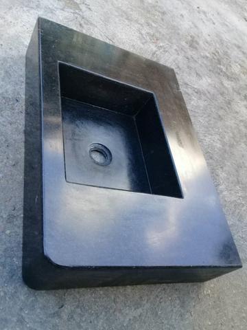 Pia de mármore medindo 59 por 40 .valor 300 reais - Foto 3
