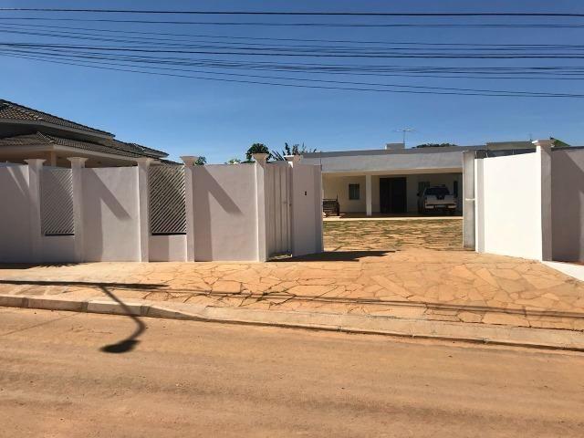 Casa Rua 6 Lote 900 metros 03 Quartos,02 Suites Proximo Escola - Foto 3