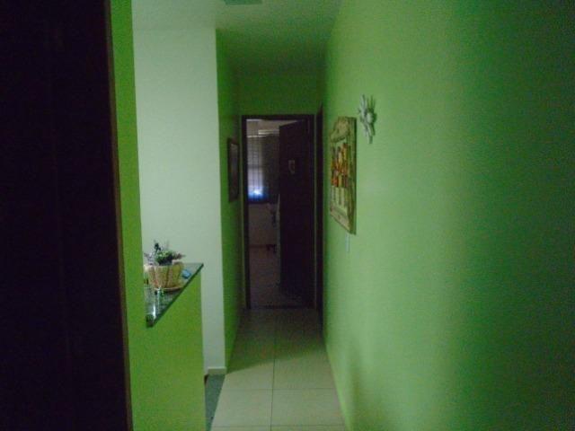 Vendo Casa Com 3 Quartos Sendo 1 Suítes Centro Araruama Próxima A Igreja Católica - Foto 16