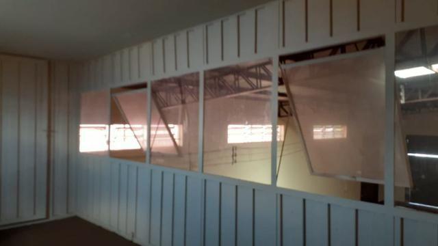 Vendo Excelente salão comercial na Av. Mascarenhas de Moraes - Foto 2