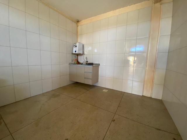 Galpão no Setor Garavelo em Aparecida de Goiânia - Foto 9