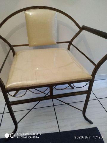 Vende se duas cadeiras de ferro - Foto 5