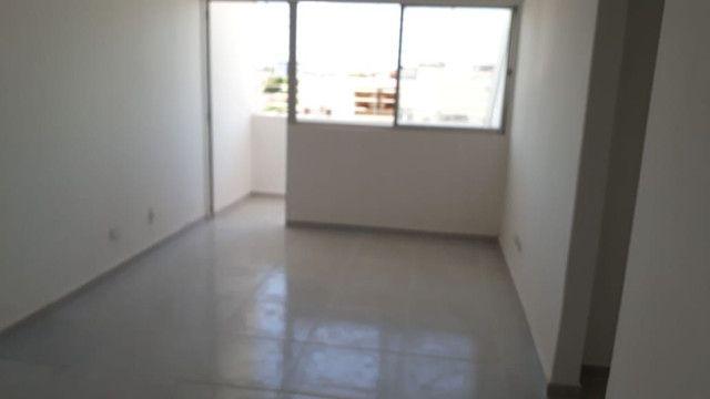 Apartamento pilotis terceiro andar em Jardim Atlântico  - Foto 2