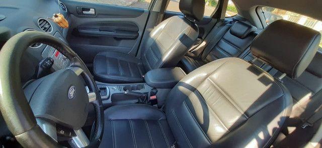 Vendo ford focus hatch 2.0 aut. flex - Foto 17