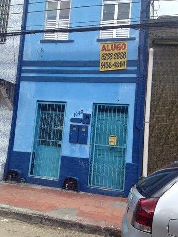 Apto - Térreo, aluga-se 2 qrtos , Bairro Centro - prox da casa do eletricista