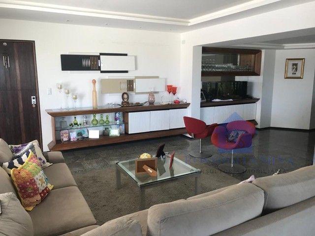 Apartamento para Venda em Maceió, Ponta Verde, 3 dormitórios, 3 suítes, 4 banheiros, 3 vag - Foto 2