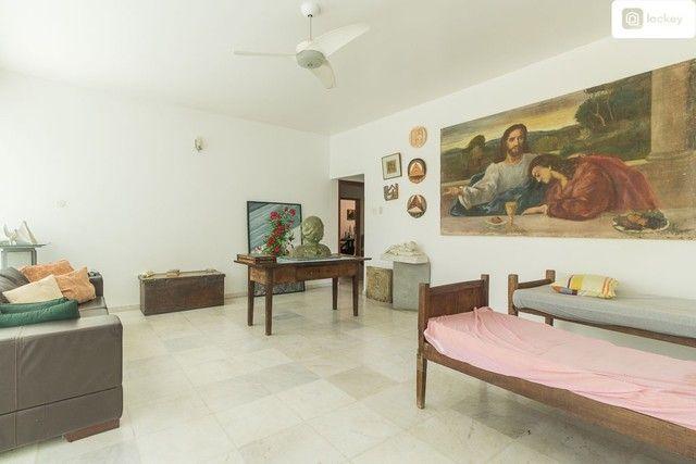 Casa com 868m² e 7 quartos - Foto 6