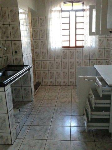 Excelente apartamento 1/4 na QE 28 do Guará II.