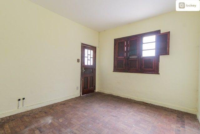 Apartamento com 60m² e 2 quartos