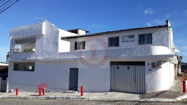 CASA RESIDENCIAL AV. GUARAPUAVA N° 09 IBURA UR-02